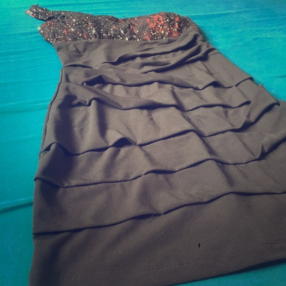 City Triangles Dresses & Skirts - Mini Homecoming Dress from City Triangles.